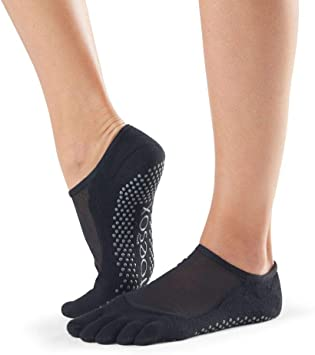Amazon.com: ToeSox Grip Pilates Barre Socks - Calcetines ...