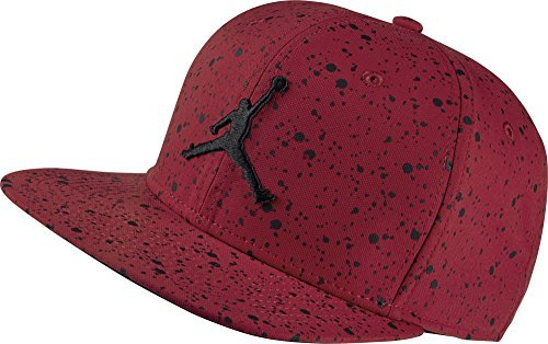 32bfbf22e0afd Galleon - Nike Mens Jordan Speckle Print Snapback Hat Gym Red Black  821830-687