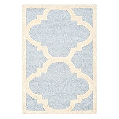 Safavieh Cambridge Collection CAM140A Handmade Light Blue and Ivory Wool Area Rug