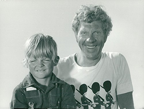 Vintage photo of Take Danielsson together with James Dickinson in the advent calendar