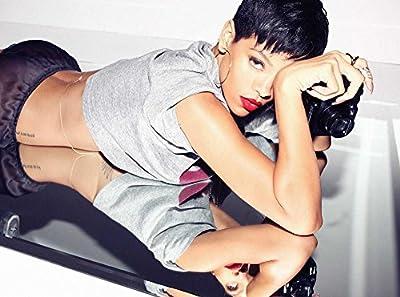 Rihanna 18X24 Poster #RA16