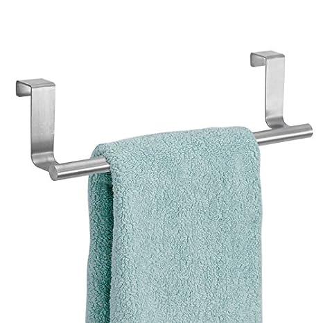 mDesign Toallero sin taladro – Percha para puerta de acero inoxidable ideal para paños de cocina o toallas de baño – Montaje fácil, se cuelga en las ...