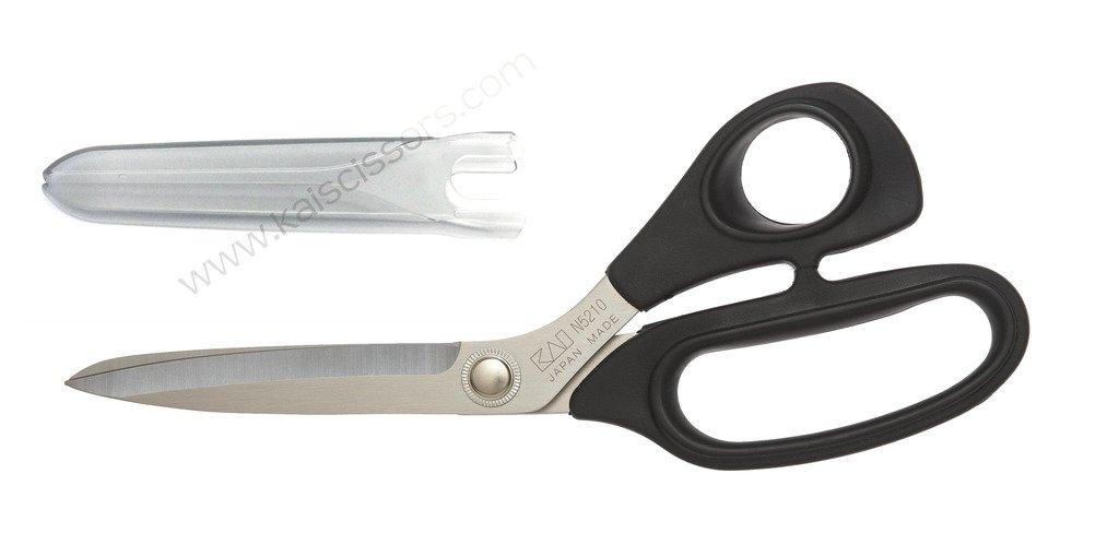 Kai 5210: 8-inch Dressmaking Shear with Blade Cap