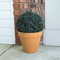 Pure Garden Solar Powered LED Artificial Topiary Ball – Decorative Prelit Faux Potted Boxwood with Rechargeable Battery for Outdoor Use