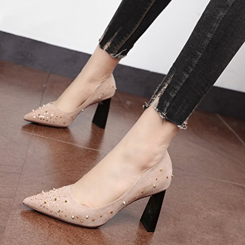 Xue Qiqi Zapatos de la Corte Wild Water perforar gruesas con los zapatos de tacón alto tide consejos personalizados superficial remache boca hembra solo zapatos Rosa
