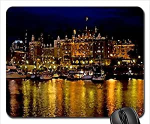 City at Night Mouse Pad, Mousepad (Modern Mouse Pad, 10.2 x 8.3 x 0.12 inches)