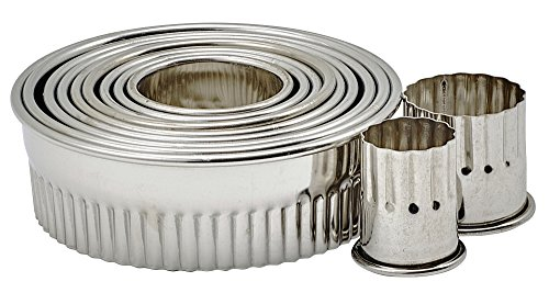 Winco CST-1 11 Piece Fluted Round Stainless Steel 1