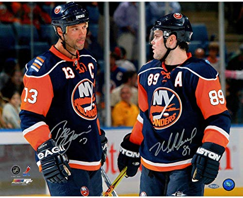 (Mike Comrie Talking with Bill Guerin Dual Signed 16x20 Photo - Steiner Sports Certified - Autographed NHL Photos)