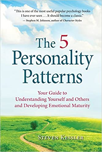 Amazon the 5 personality patterns your guide to understanding amazon the 5 personality patterns your guide to understanding yourself and others and developing emotional maturity 9780996343909 steven kessler fandeluxe Choice Image
