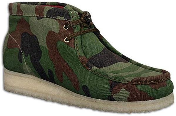 Amazon.com   Clarks Men's Wallabee Boot