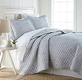 Southshore Fine Linens - BRITEYARN - Myosotis Scorpiodes Print - 300 Thread Count 100% Cotton, 3-Piece Quilt Set, Full / Queen, Grey