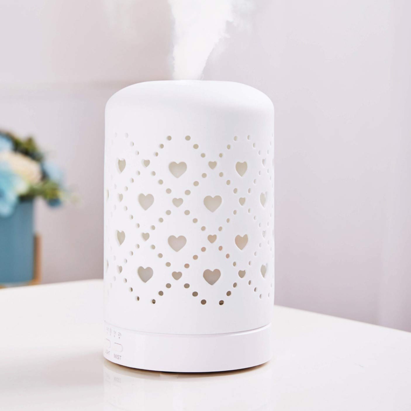 Essential Oil Diffuser, Aromatherapy Ceramic Home Decor Cover Aroma Diffuse with 4 Timer Mode & 7 Color Changing LED Lights (Heart pattern, White)