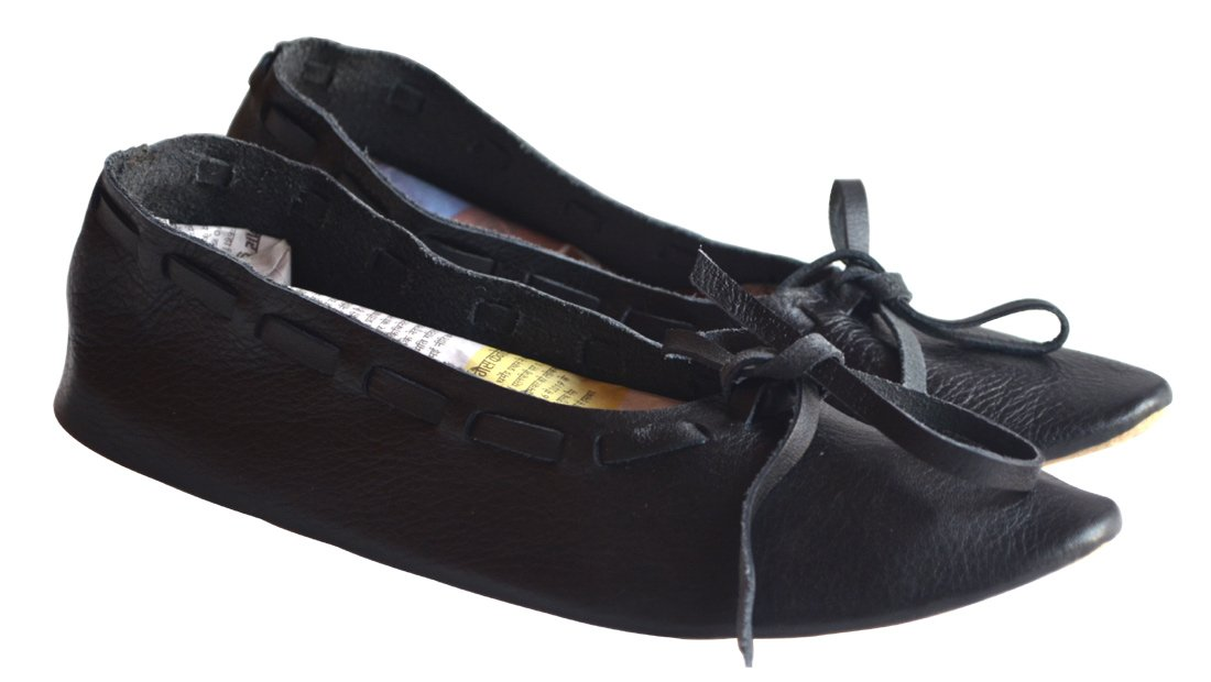 Women's Black Medieval Natural Leather Flat Shoes - DeluxeAdultCostumes.com