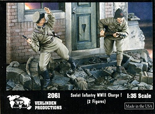 Verlinden 1:35 WWII Soviet Infantry Charge ! - 2 Resin Figures Kit #2061