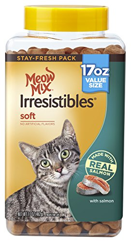 Meow Mix Irresistibles Soft Cat Treats with Salmon, 17 oz