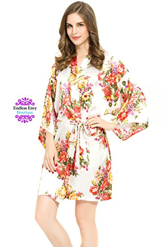 Check expert advices for bridesmaid robes one size?