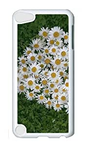 Ipod 5 Case,MOKSHOP Adorable Bunch of Daisies Hard Case Protective Shell Cell Phone Cover For Ipod 5 - PC White