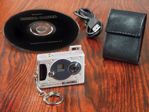 Amazon.com: Vivitar Mini Digital Camera with Micro Light ...