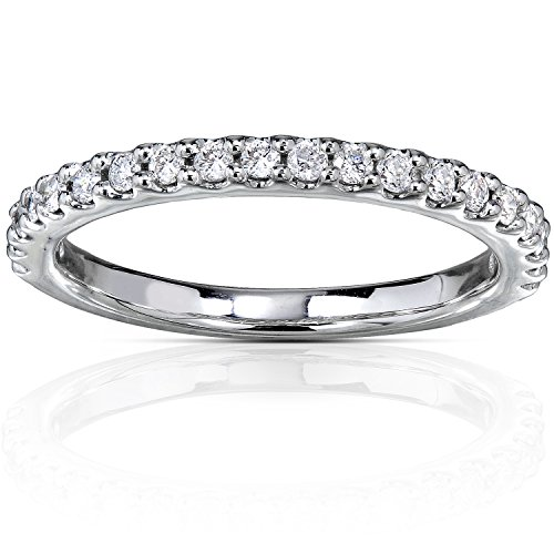 Diamond Wedding Band 1/4 CTW in 18K White Gold (Prong Diamond Wedding Band)