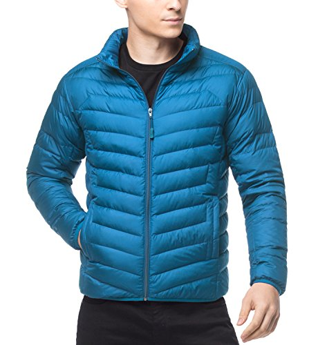 LAPASA Men's Water-Repellant Down Jacket (550 Feathers), Zipper Pockets + 2 Interior Pockets, Ultra Light Weight, Compactable, Slim-Fit M32