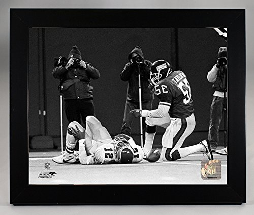 (Framed New York Giants Lawrence Taylor