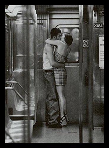 (Buyartforless Framed Subway Kiss 24x32 Art Print Poster Vintage Figurative Woman Kissing Man Romantic Love Goodbye Kiss)