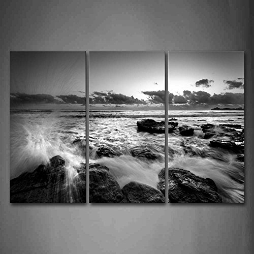 Black And White Sea Wave Rush Into Stone Wall Art Painting P