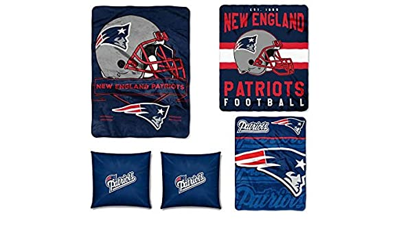4320b85198 Amazon.com  The Northwest Company NFL New England Patriots 5pc Ensemble   Set Includes (1) Blanket