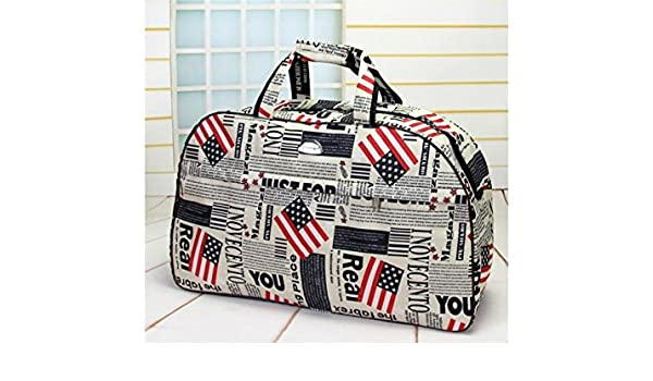 d6b4f222ee57 Amazon.com  Wesource Waterproof Large Capacity Gym Bag Sports Holdall  Travel Weekender Duffel Bag(United States Flag)  Home   Kitchen