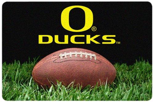 NCAA Oregon Ducks Classic Football Pet Bowl Mat, Large (Nfl Team Pet Mat)