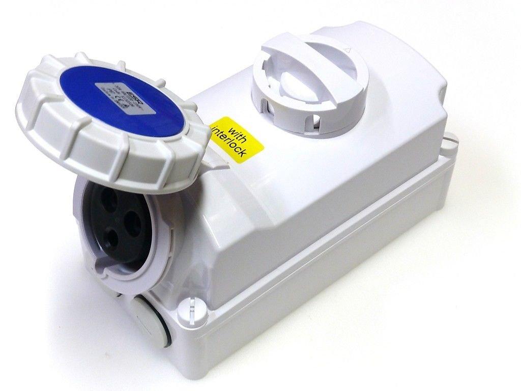 32 amp switched interlock 3 pin socket 220V - 250V IP67 2P+E waterproof blue single phase interlocked connector 32A ESR