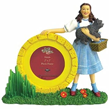 Amazoncom 2 X 2 Inch Dorothy And Toto From The Wizard Of Oz