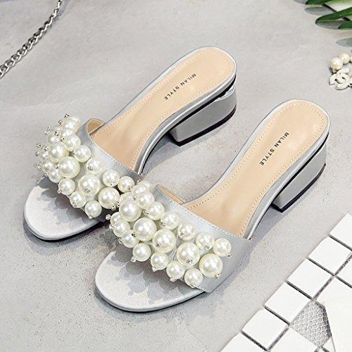 PENGFEI Zapatillas de Playa Zapatillas de Perlas Verano Ocio Personalidad Antideslizante Mujeres Cuadrado Cabeza Sandalias Negro y Gris Plata (Color : Negro, Tamaño : EU35/UK3.5/L:225mm) Gris-plata