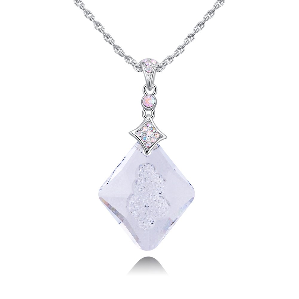 Sharefashion Follow Your Souls Desire Diamond Shape Retro Boutique Crystal Pendant Necklace