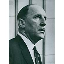 Vintage photo of Joseph Antoine Marie Hubert, Dutch Minister for Foreign Affairs and fifthSecretary General of the North Atlantic Treaty OrganisationDate: 17 Sep 1960