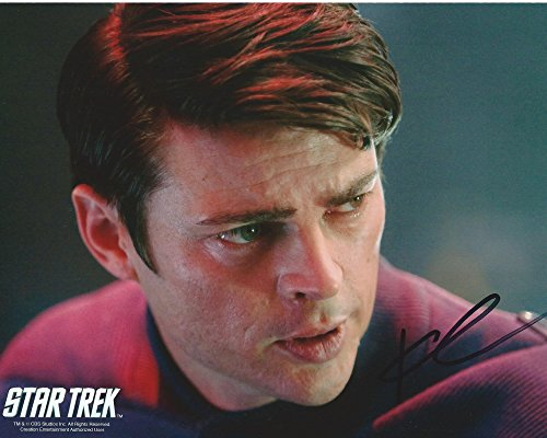 Mccoy Photo - Star Trek 2009 Signed Autographed Karl Urban as Dr. Leonard McCoy 8x10 Photo