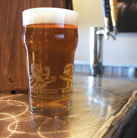 - Firestone Walker Brewing Company - 20 Oz. Nonic Pint w/ Nucleation