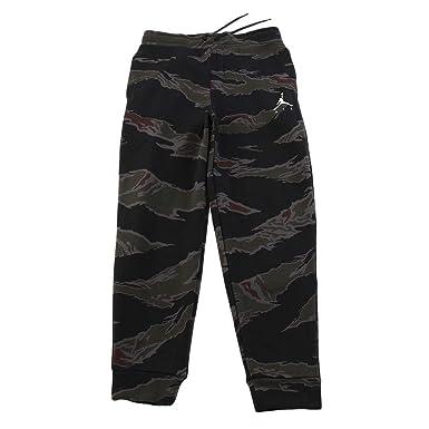 b18125ac4aa7a0 Jordan Nike Mens Fleece Camo Sweatpants at Amazon Men s Clothing store