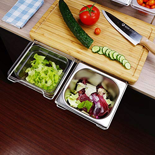 Take $19 off a cutting board set with 4 containers
