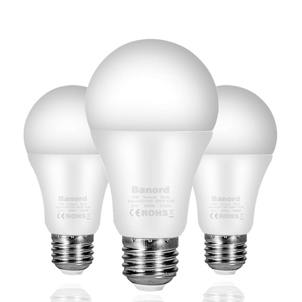 Banord Dusk to Dawn Light Bulbs, 3 Pack A19 Outdoor Sensor Bulbs with E26/E27 Base, 12W (100W Equivalent) Daylight Smart Automatic LED Bulbs with Auto on/Off for Porch, Patio, Yard, Garden