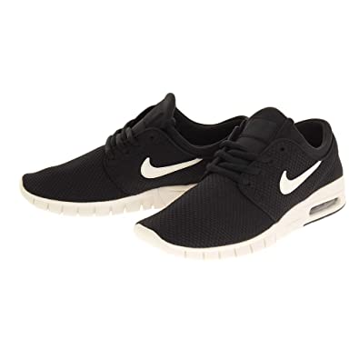 newest bf0f1 9104b Amazon.com   Nike Men s Zoom Stefan Janoski Skate Shoe (9 D(M) US, Black Light  Cream)   Skateboarding