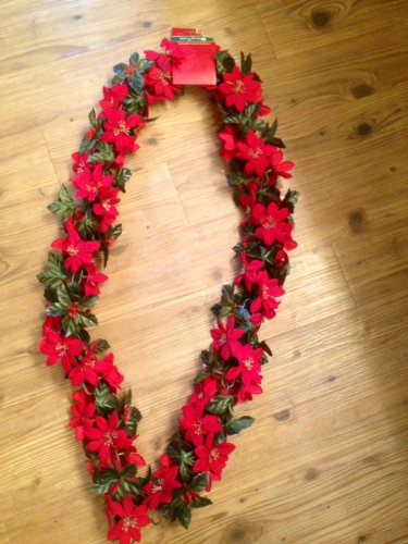 Poinsettia Ft Chain Fabric Garland product image