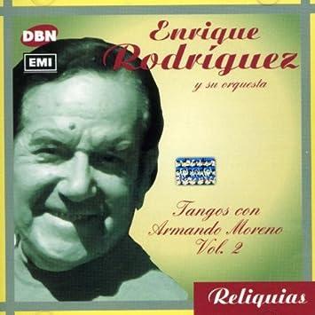Canta Armando Moreno 2