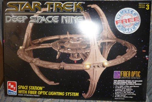 Star Trek Deep Space Nine Space Station Model Kit with Fiber Optic Lighting System (Quadrant Kit)