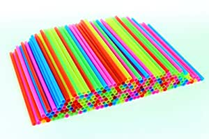 "Sonrise 500 Regular Neon Plastic Straws 7 3/4"" x 1/4"" (500)"