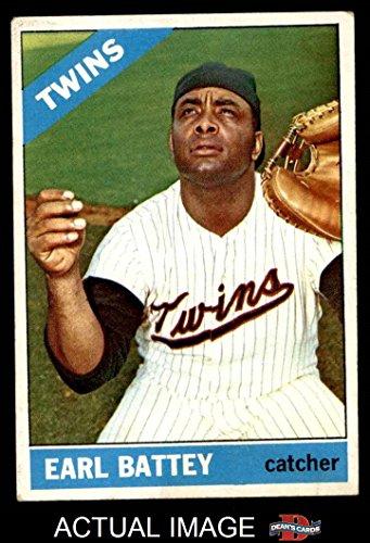 1966 Topps # 240 Earl Battey Minnesota Twins (Baseball Card) Dean's Cards 4 - VG/EX - Twins Minnesota 1966