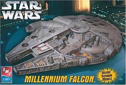 AMT - Star Wars Millennium Falcon65533