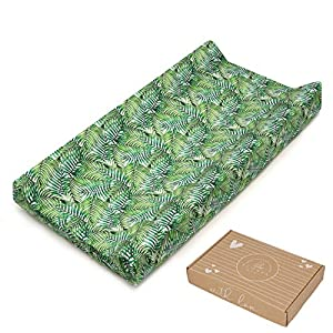 Changing Pad Cover Green for Baby Girl and Boy – Thick and Absorbent – Soft Cotton – OekoTex Certificate – Made in Europe – Baby Registry Shower Gift – Beautiful Packaging – Green Palm Leaves