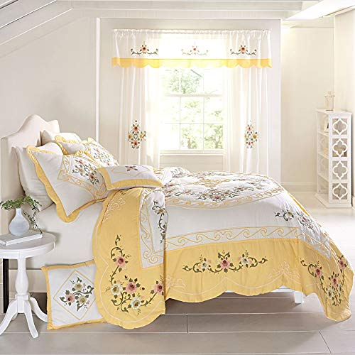 BrylaneHome Ava Oversized Embroidered Cotton Quilt - Dandelion Yellow, King