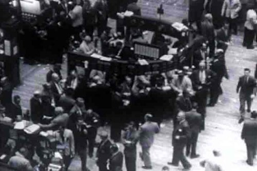 Classic New York Stock Exchange Films: 1940s - 1950s Stock Market Trading & Investing Films Included History Video Clips Of The NYSE Trading Floor & Two (2) Animated Investor & Investment Basics Films